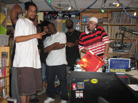 Amond Jackson, KC, Jay-C, E&J, Maestro, Leaf, some dude with a turkey neck sweating over some plastic turntables